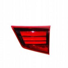 چراغ عقب کامل داخلی راست/میتسوبیشی/8331A180